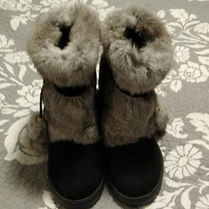 Bearpaw rabbit fur and suede boots. NWOT